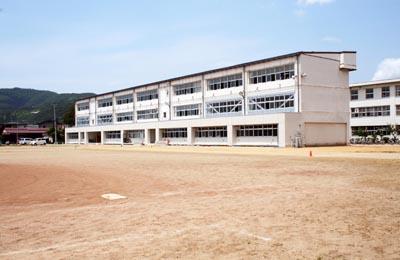 上山市立上山南中学校 9号棟耐震改修